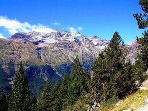 Pyrenees2b