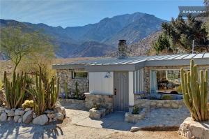 stone cabin 2