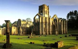 Fountains+Abbey